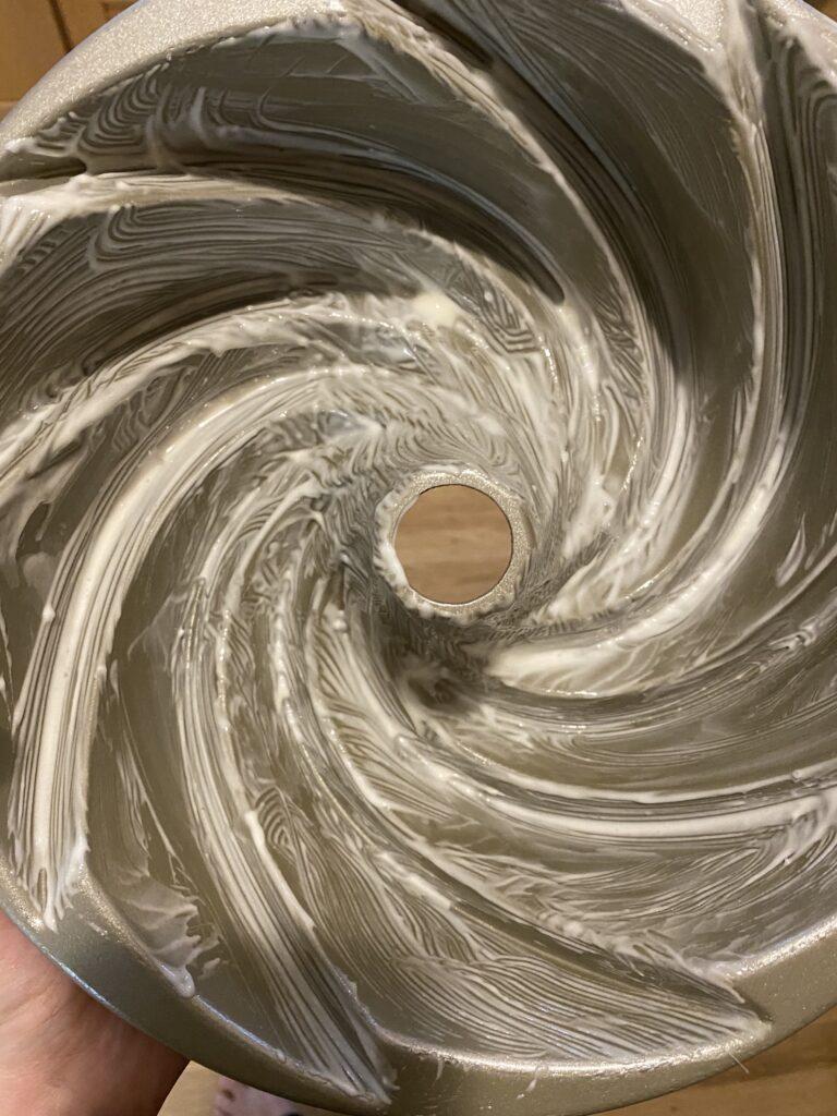 Bundt pan with magic release paste
